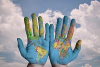 海外旅行保険の全知識|海外旅行の危険性と保険の必要性