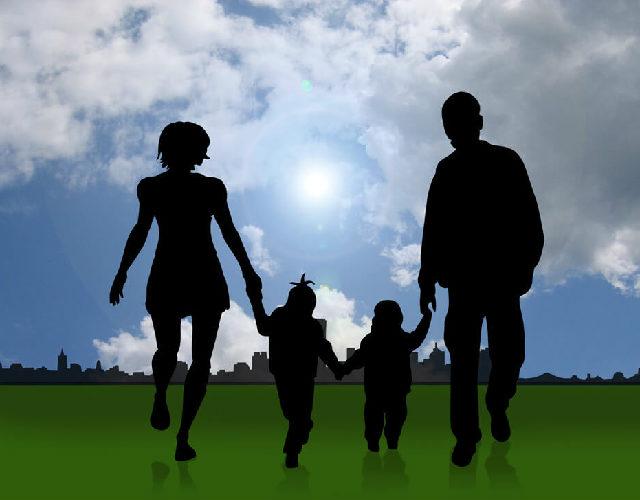 児童保険の特例給付とは|児童手当の受給限度額を解説
