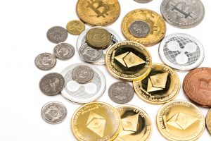 FPに聞いてみた!仮想通貨は投資としてどうなの?将来の貯蓄への備えになる?